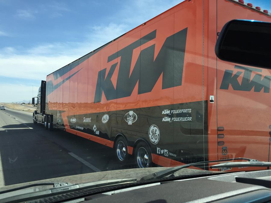 KTM_semi